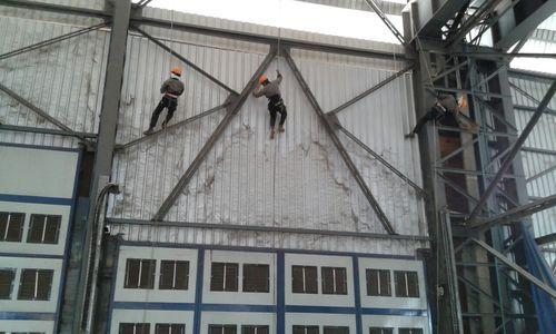 Quét mạng nhện không giải quyết triệt để vấn đề cho nhà xưởng - Trọng Tín